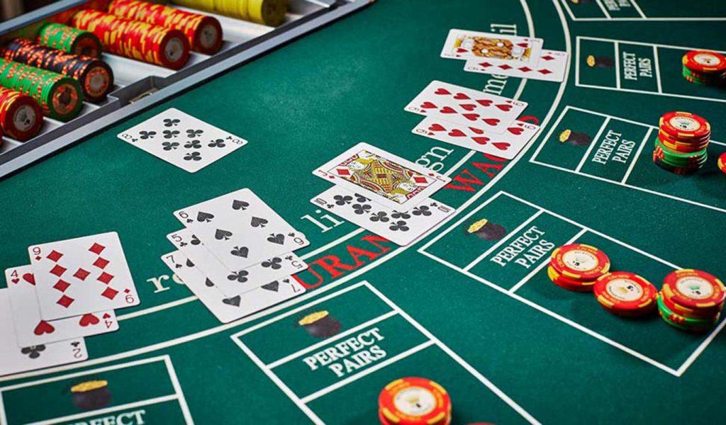 Poker Online Make Easy Money